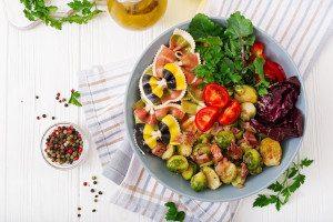 Zorgeloos genieten van een maaltijd - VoedingVeilig